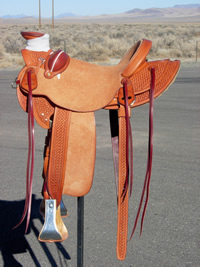 Stamped Saddles with Half Double Sirrup Leathers : Image 4