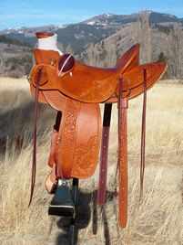 Stamped Saddles with Half Double Sirrup Leathers : Image 12